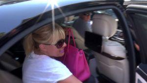 VIDEO Ce a facut Elena Udrea pe bancheta din spate a limuzinei sale intrece orice imaginatie!