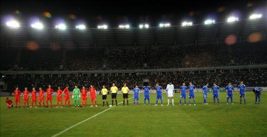 http://assets.sport.ro/assets/sport/2013/07/29/image_galleries/184064/live-blog-romania-4x4-steaua-va-juca-pe-arena-nationala-din-georgia-record-fabulos-90-000-de-oameni-la_4.jpg
