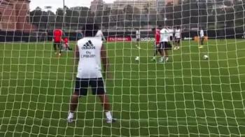 Apara Marcelo penalty-ul lui Casillas? SUPER VIDEO din cantonamentul lui Real! Galacticii se pregatesc sa doboare Barca!