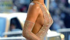 Rihanna, topless intr-un pictoral provocator. Imaginile in care cantareata nu ascunde nimic