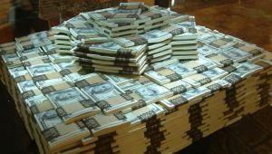 Mr. GOLD Negreanu e jucatorul mondialului de poker online: un austriac a castigat batalia de 10.000.000 $
