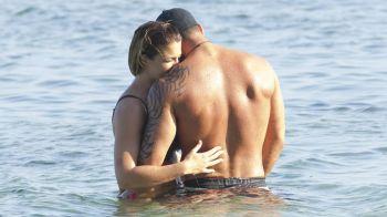 Fosta iubita a lui Cristiano Ronaldo, surprinsa pe plaja cu un guru in fitness