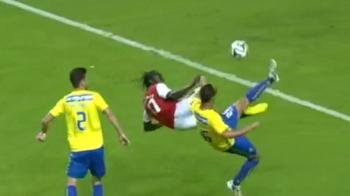 Asta e cel mai tare gol marcat in weekend: foarfeca dementiala, executie 'Zlatan style' ca pe playstation! VIDEO