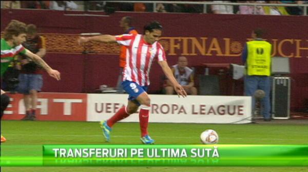 In ultima zi de transferuri, Van Gaal a mai dat o lovitura! L-a adus pentru un an pe Falcao