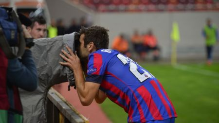 SASE, JOACA STEAUA! Stelistii au dat toate golurile in 23 de minute! Keseru, hattrick in 11 min! Steaua 6-0 Aalborg VIDEO REZUMAT