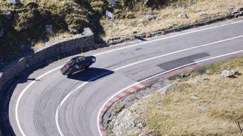 Performanta ISTORICA: Titi Aur a mers pe doua roti pe Transfagarasan. Afla cati kilometri a parcurs! SUPER VIDEO