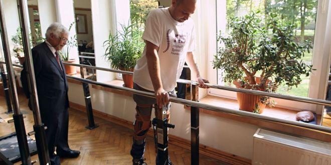 Speranta pentru Mihaita Nesu! O echipa de medici polonezi a facut un miracol: primul om care si-a revenit dupa 4 ani de paralizie