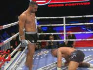 Un frate plange, altul rade! Bogdan a fost invins insa Andrei a reusit cel mai tare KO din cariera lui! SUPER VIDEO CU LOVITURA