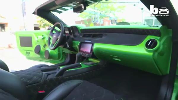 """Tuning UNIC in lume! Toata lumea din cartier se opreste sa vada masina asta: """"Arata ca o caruta!"""" VIDEO"""