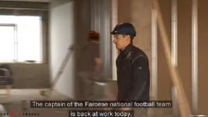 Reportaj fantastic: capitanul nationalei Insulelor Feroe, inapoi la munca pe santier dupa victoria in fata Greciei! VIDEO