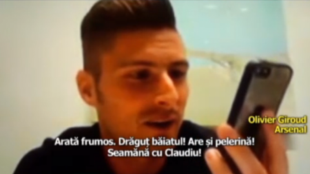 Moment demential in timpul interviului cu Giroud! A luat telefonul si a aratat:  Uite, seamana cu Keseru  :)