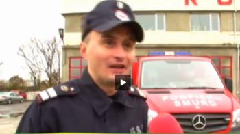 """Romania, cu gandul la cel de-al 5-lea titlu european la minifotbal! """"Mini-Chivu"""" trece prin foc pentru victorii: e pompier! :)"""