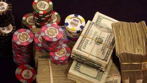 Un roman a dat lovitura la poker pe internet: vezi cine a castigat turneele momentului la masa de joc