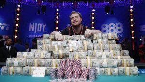 Un american de 25 de ani e noul campion mondial la poker: Joe a castigat turneul de 60.000.000 $