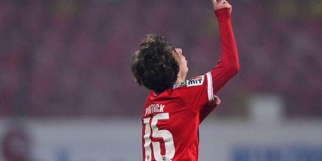 Patrick, noua vedeta de la Dinamo!  L-am controlat putin la glezna pe asta mic al lui Florentin Petre, nu i-am facut mare lucru!