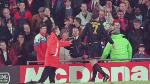 20 de ani de la faza de MILIARD de vizualizari, daca era internet atunci!  Fara Cantona, n-ar fi existat Premier League!  VIDEO