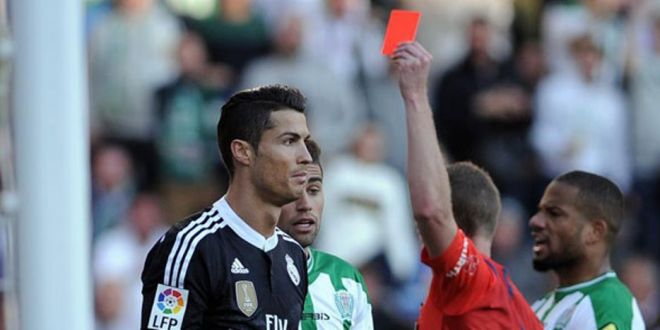 Cat de mult l-ar putea costa pe Cristiano Ronaldo gestul GOLANESC cu Cordoba. Ce a scris arbitrul in carnet