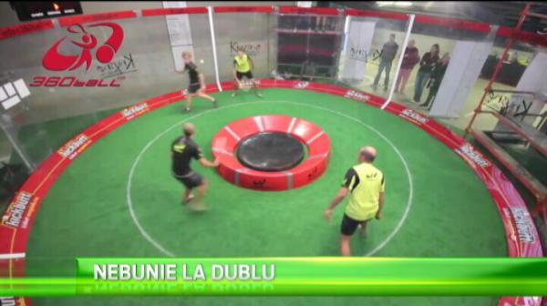 Nu e tenis, nu e squash: Asta este cel mai ciudat sport din 2015. Ce trebuie sa faca jucatorii. VIDEO