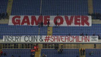 """GAME OVER! Insert coin & SAVE AC Milan"" Ziua in care AC Milan a fost abandonata de fani. Imaginea aparuta la ultimul meci"
