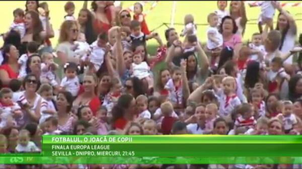 VIDEO DEMENTIAL! Cine a aparut pe terenul Sevillei cand supervedetele din Primera au disparut :)