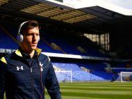 """""""Te rugam noi, PLEACA!"""" Imaginea postata de Chiriches pe internet! Fanii lui Tottenham au reactionat imediat"""