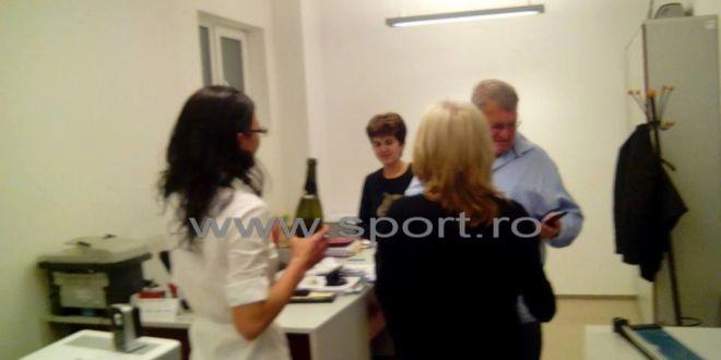 FOTO: Petrecere cu SAMPANIE la CFR Cluj dupa aflarea deciziei de la TAS! Suma uriasa pe care CFR o va incasa dupa acest anunt