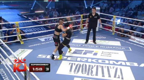 Cristiana Stancu a batut-o pe turcoaica Songul Yilmaz, in primul meci al fetelor!