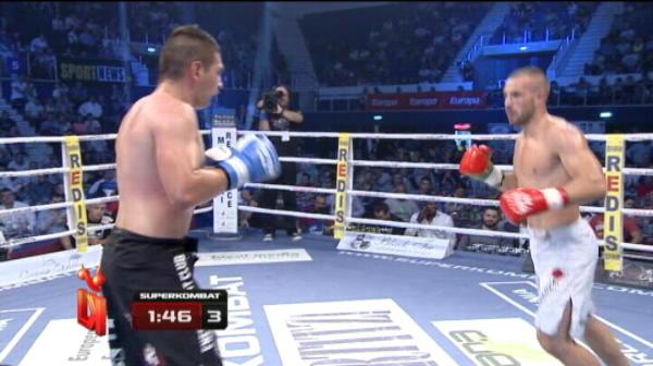 Bogdan Qatawneh vs Mirel Iacob   Iacob invinge dupa 3 runde