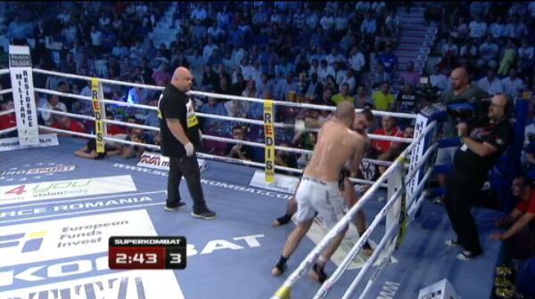 Ibrahim Giydirir (Turcia) vs Bogdan Stoica   Bogdan Stoica l-a invins pe turc dupa 3 runde grele!