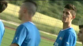 "VIDEO ""Gardos"" joaca pe National Arena INAINTE de finala Cupei! Fundasul si-a gasit SOSIA in Romania! Vezi cum arata"