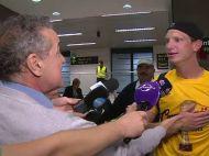"""Moment fabulos pe aeroport, la revenirea campionilor in Bucuresti! Becali: """"Gata, nu mai am nevoie de tine"""". Ce raspuns a dat Arlauskis :)"""