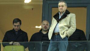 Zi decisiva pentru transferul anuntat de Becali: Tahar semneaza astazi sau nu mai semneaza deloc! Steaua mai vrea un mijlocas francez