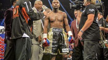 Daca il vezi, te bufneste rasul! Cum s-a imbracat cel mai mare boxer din lume de ziua Americii! FOTO