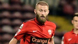 """Promisiunea noului capitan de la Dinamo la primul derby in Romania: """"Imi rad barba daca o bat pe Steaua"""""""