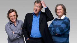 Intra din nou in viteza! Clarkson, Hammond si May, celebrii prezentatori ai Top Gear, revin pe ecrane. Acestia vor avea o noua emisiune