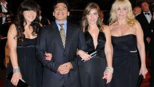 "La vida es una tombola   Telenovela lui Maradona continua! Argentinianul si-a dat in judecata fost sotie: ""Mi-a furat 6 milioane de dolari"""