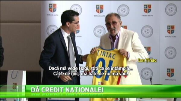 """""""Ba, ma omoara Hagi!"""" Reactia lui Tiriac cand a primit tricoul echipei nationale de la Burleanu"""