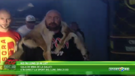 KO in LUNG SI-N LAT, IN DIRECT la Sport.ro, luni, de la 21:00 | Dacul Gerula intra in ring, Sandu Lungu se bate cu un colos din Egipt