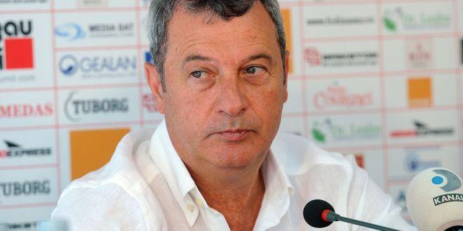Vor fi cireasa de pe tort . Rednic anunta doua transferuri la Dinamo, dupa ce clubul s-a despartit de Valentin Lazar:  Suporterii vor fi fericiti