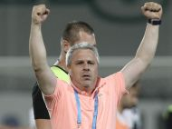 "Sumudica a facut SHOW dupa victoria cu Dinamo: ""O sa tai gulerul de la acel tricou. Vreti sa va zic de ce il tin ridicat?"""
