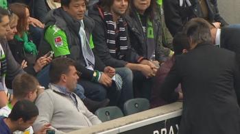 VIDEO GENIAL! Faza saptamanii in Europa. Antrenorul lui Wolfsburg a fost trimis in tribune si a stat cu adversarii. Ce a urmat