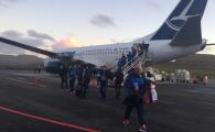 FOTO | Nationala Romaniei a ajuns in Feroe, jucatorii avut un soc pe aeroport: 10 grade, vant groaznic si ploaie marunta. Feroe - Romania e duminica, de la 19:00