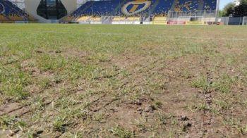 E INCREDIBIL cum arata 'GAZONUL' de la Ploiesti in ziua meciului cu Steaua! Derby-ul anului pentru Petrolul se joaca pe PAMANT