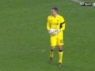 O gafa ca asta se vede la 10 ani in fotbal! Vezi cum a comis-o Mignolet in meciul cu Bordeaux din Europa League. VIDEO