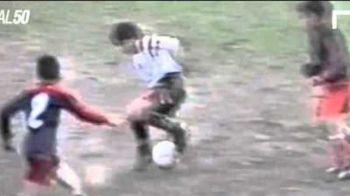 Golul MINUNAT reusit de Messi la doar 12 ani! E pentru prima oara cand aceasta filmare apare pe internet. VIDEO
