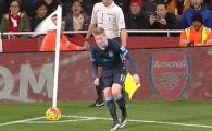 Faza saptamanii in Anglia! A vrut sa bata un corner in Arsenal - Manchester City, dar tot stadionul a RAS DE EL! Ce a patit. FOTO