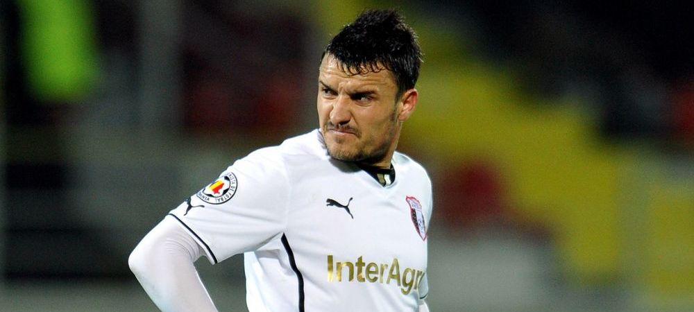 Budescu refuza orice oferta de la Steaua si anunta ca pana sambata decide daca pleaca in Qatar! Cum se impart banii intre jucator si Astra