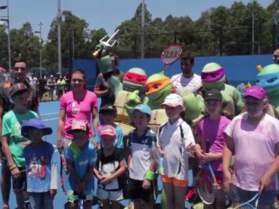 Simona Halep a facut pereche cu bulgarul Dimitrov la Sydney: au fost vedete la Ziua Copiilor