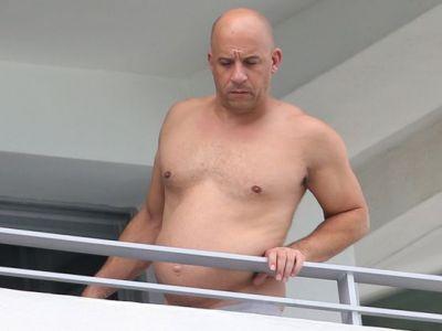 """De la burta de bere, din nou la patratele :) Vin Diesel si-a revenit dupa ce a fost surprins iesit din forma: """"Voi fi din nou Triplu X"""""""