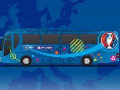 Mai sunt 120 de zile pana la Euro! Concurs FRF si UEFA: propune un slogan pentru autocarul nationalei si castigi bilete la meciuri